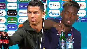 УЕФА потребовал от футболистов не трогать бутылки с напитками, которые предоставляют спонсоры