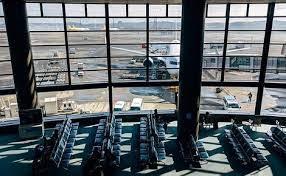 В токийском аэропорту Ханэда с июля появится самоходные кресла