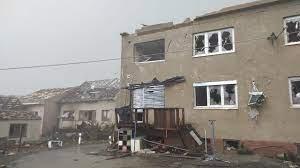 Торнадо обрушился на несколько населенных пунктов на юго-востоке Чехи