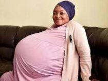 Жительница ЮАР установила новый мировой рекорд, родив сразу десятерых детей