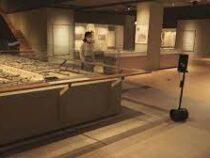 Робот-экскурсовод появился в Сеульском музее истории