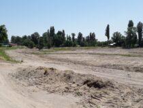 В Бишкеке в преддверии купального сезона чистят озера