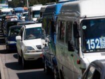В Бишкеке водители маршрутных такси решили возобновить свою работу