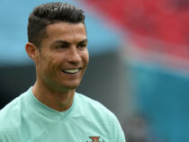 Очередной рекорд: Роналду первым в мире собрал 300 миллионов подписчиков в Instagram