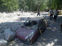 Из-за схода селей в Баткенской области пострадали три села