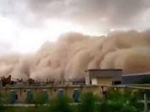 Песчаная буря накрыла провинцию в Китае