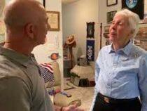 Джефф Безос пригласил полететь с ним в космос 82-летнюю летчицу