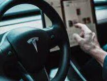 В электромобили Tesla добавили поддержку русского языка