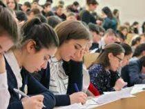 Узбекистан выделит 100 мест в вузах для кыргызстанцев