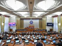 Жогорку Кенеш принял скандальный закон о защите от ложной информации