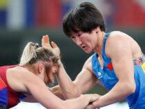 Поединки  кыргызстанских борцов на Олимпиаде  покажут на площади Ала-Тоо
