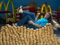 Американец съел более 32 тысяч Биг Маков и установил мировой рекорд