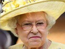 Королева Елизавета II решила дать «юридический отпор» внуку принцу Гарри