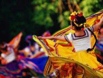 Мексиканцы  исполнили массовый  танец ради  мирового рекорда