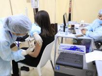 В Кыргызстане почти 40 % учителей получили вакцину против коронавируса