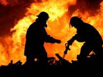 ВКемине минувшей ночью полностью сгорела автозаправка Red Petroleum