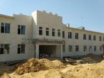 В Ошской области строится новая школа