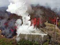 Врезультате извержения вулкана наострове Пальма изменилась береговая линия