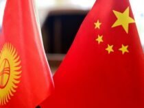 Китай обещает подарить Кыргызстану $100 млн