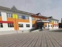 В Ошской области завершили строительство учебного корпуса к школе №39