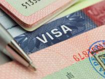 КР пересматривает условия выдачи виз гражданам Пакистана и Индии