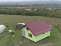 Босниец построил вращающийся дом