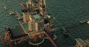 В Саудовской Аравии построят парк развлечений на нефтяной вышке