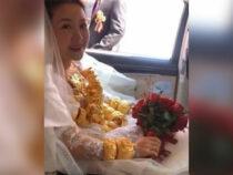 Невеста с трудом передвигалась на свадьбе из-за 60 кг золота