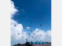 В Китае штормовой ветер унес 50 туристических палаток в небо
