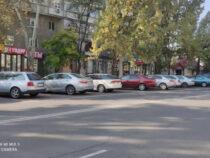 В Бишкеке появились три платные муниципальные парковки